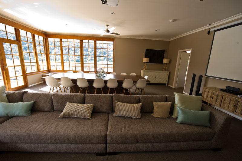 lounge1113